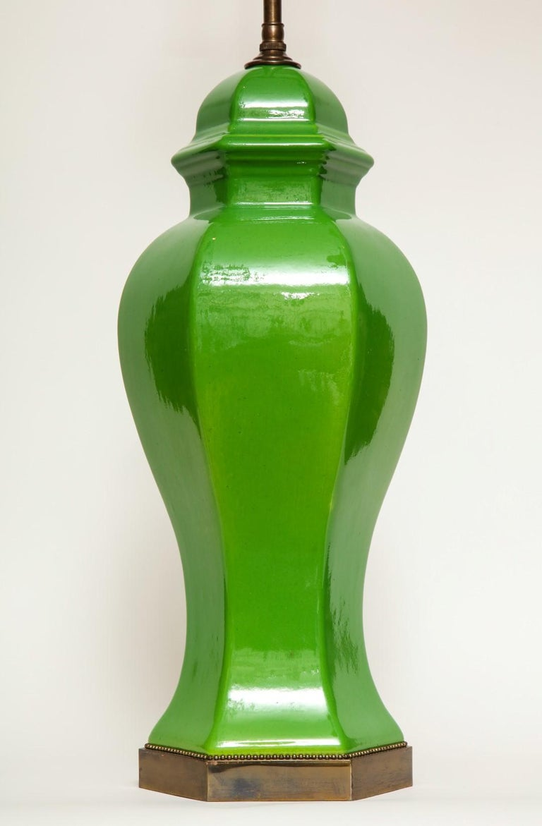 Pair of Chinese Apple Green Glazed Urns Fitted as Lamps For Sale 1