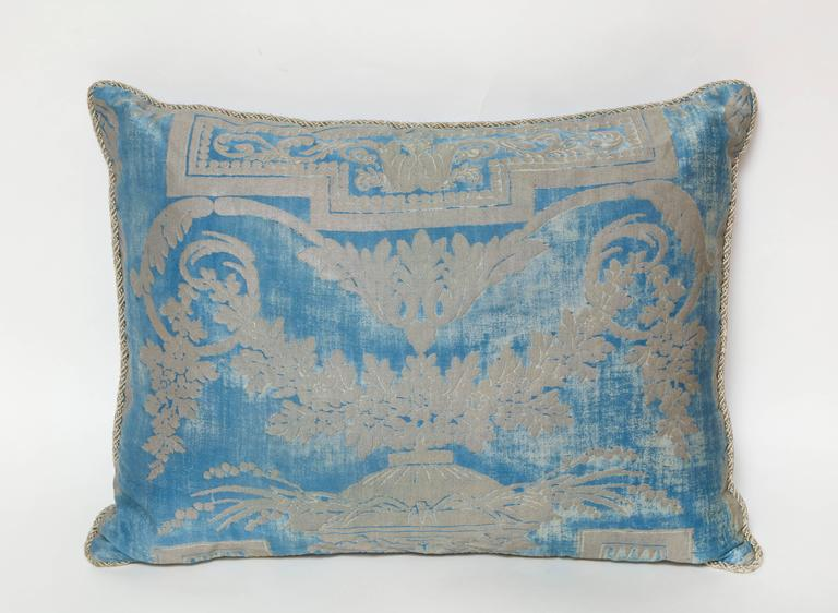 American Set of Three Fortuny Fabric Cushions in a Neoclassical Pattern For Sale