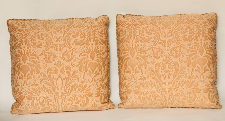 Baroque Pair of Fortuny Fabric Cushions in the Lucrezia Pattern For Sale