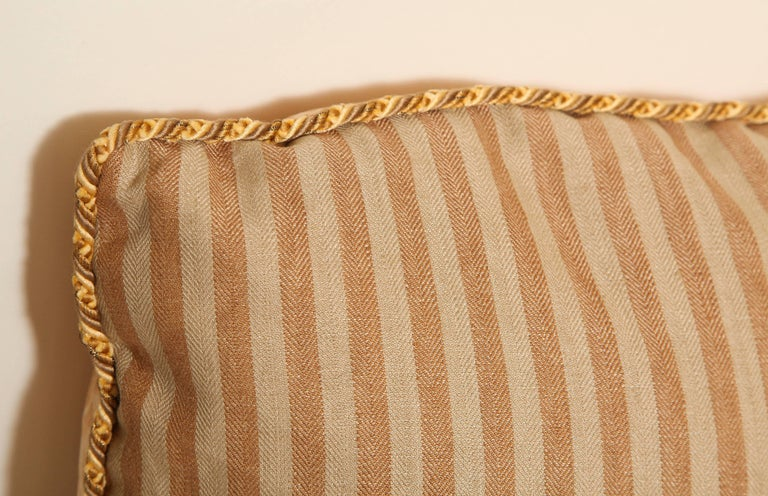 Contemporary Pair of Fortuny Fabric Cushions in the Lucrezia Pattern For Sale