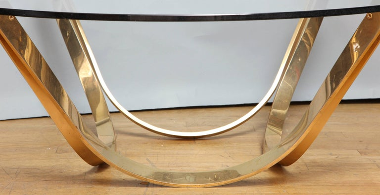 Tri-Mark Round Coffee Table 3