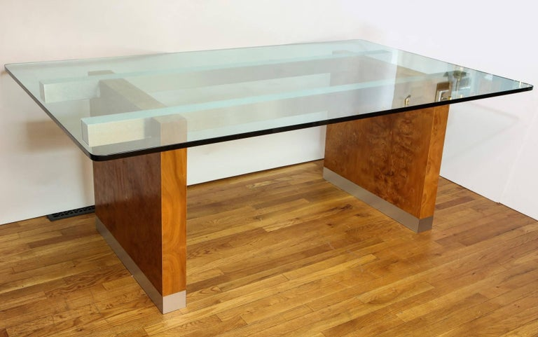 Mid-Century Modern Dining Table by Paul Evans  For Sale 1