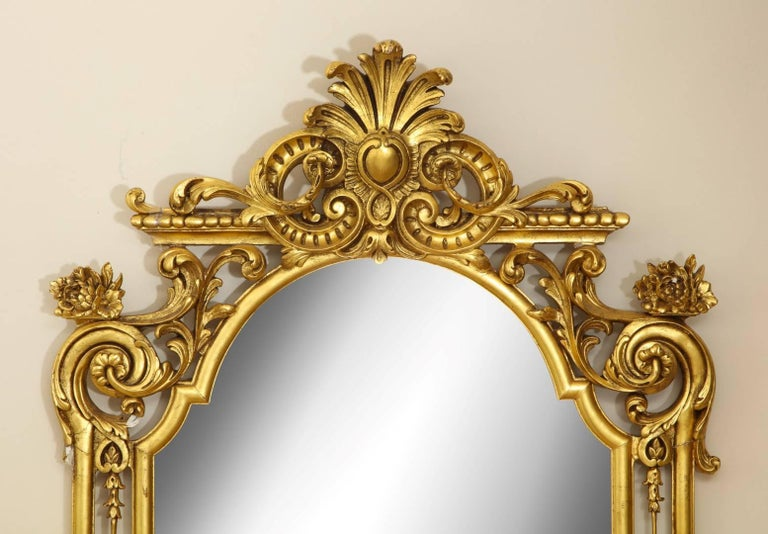 English George II Style Giltwood Mirror For Sale