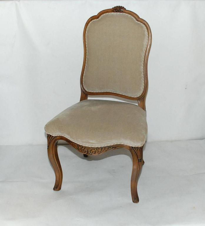 Set Of Eight Italian Louis XV Style Dining Chairs At 1stdibs