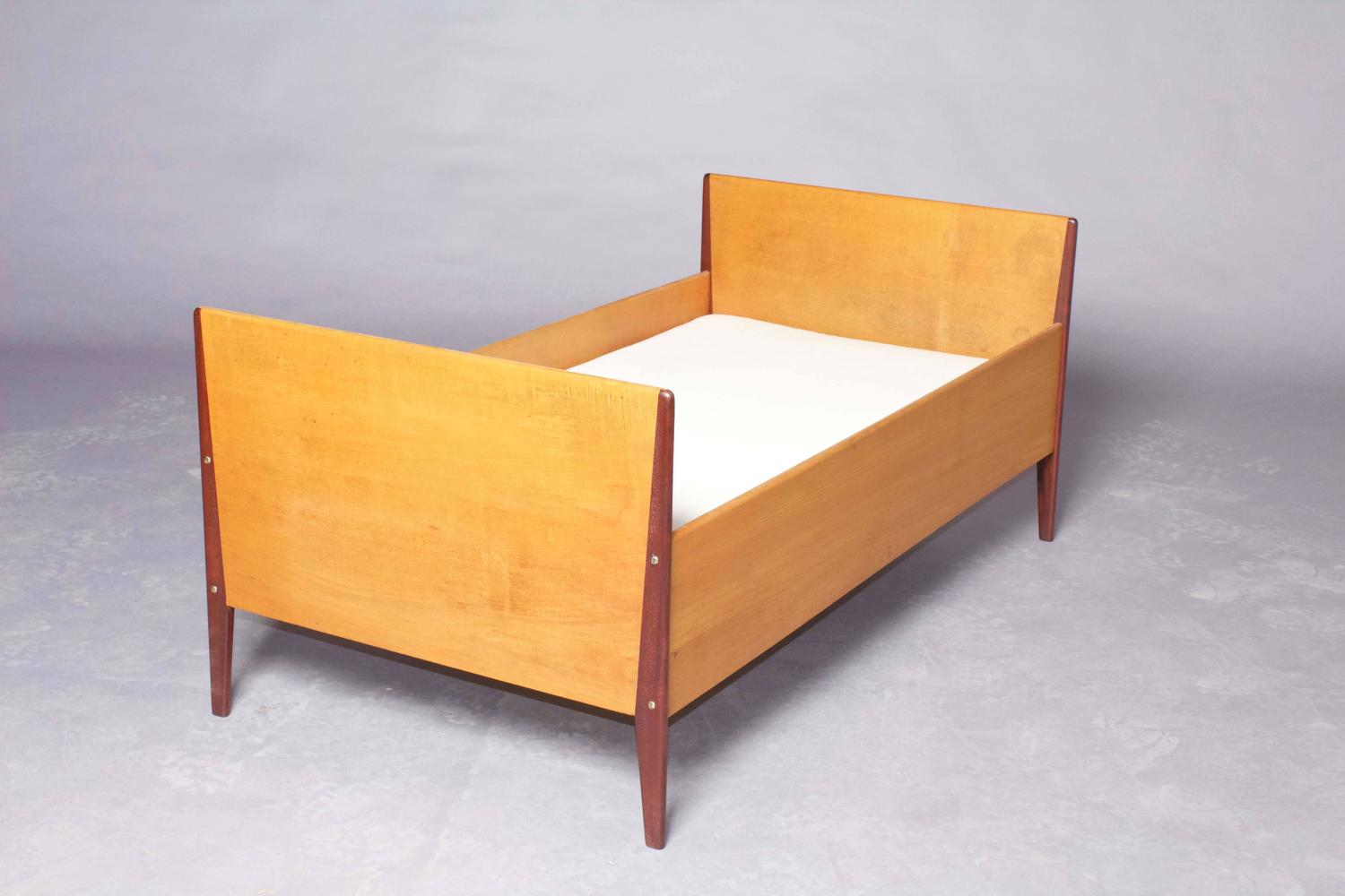 Peder moos children 39 s bed 1937 one of a kind for sale at for One of a kind beds