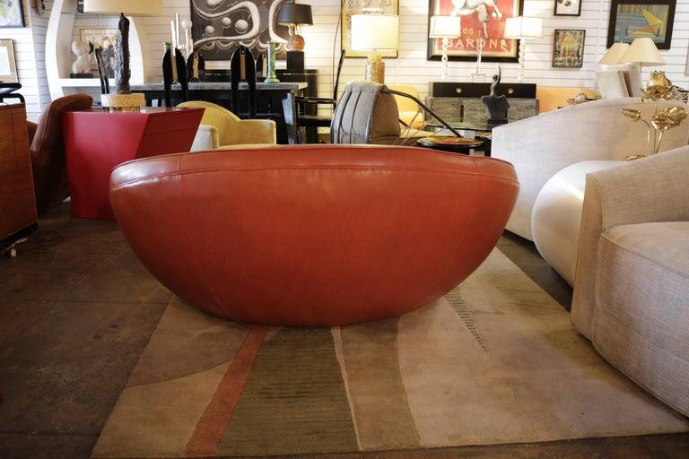 Mid-Century Modern Naugahyde Love Chair in the Style of Milo Baughman For Sale