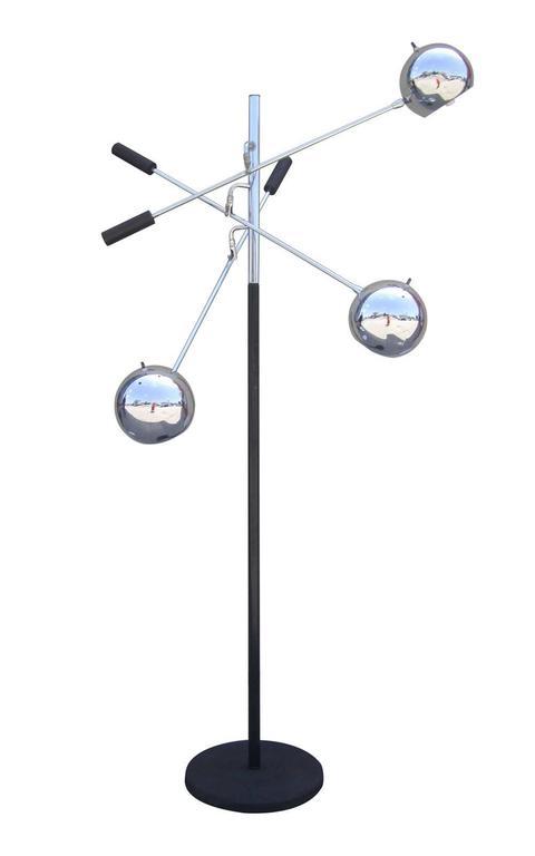 "Space Age ""Orbiter"" Floor Lamp by Robert Sonneman 2"