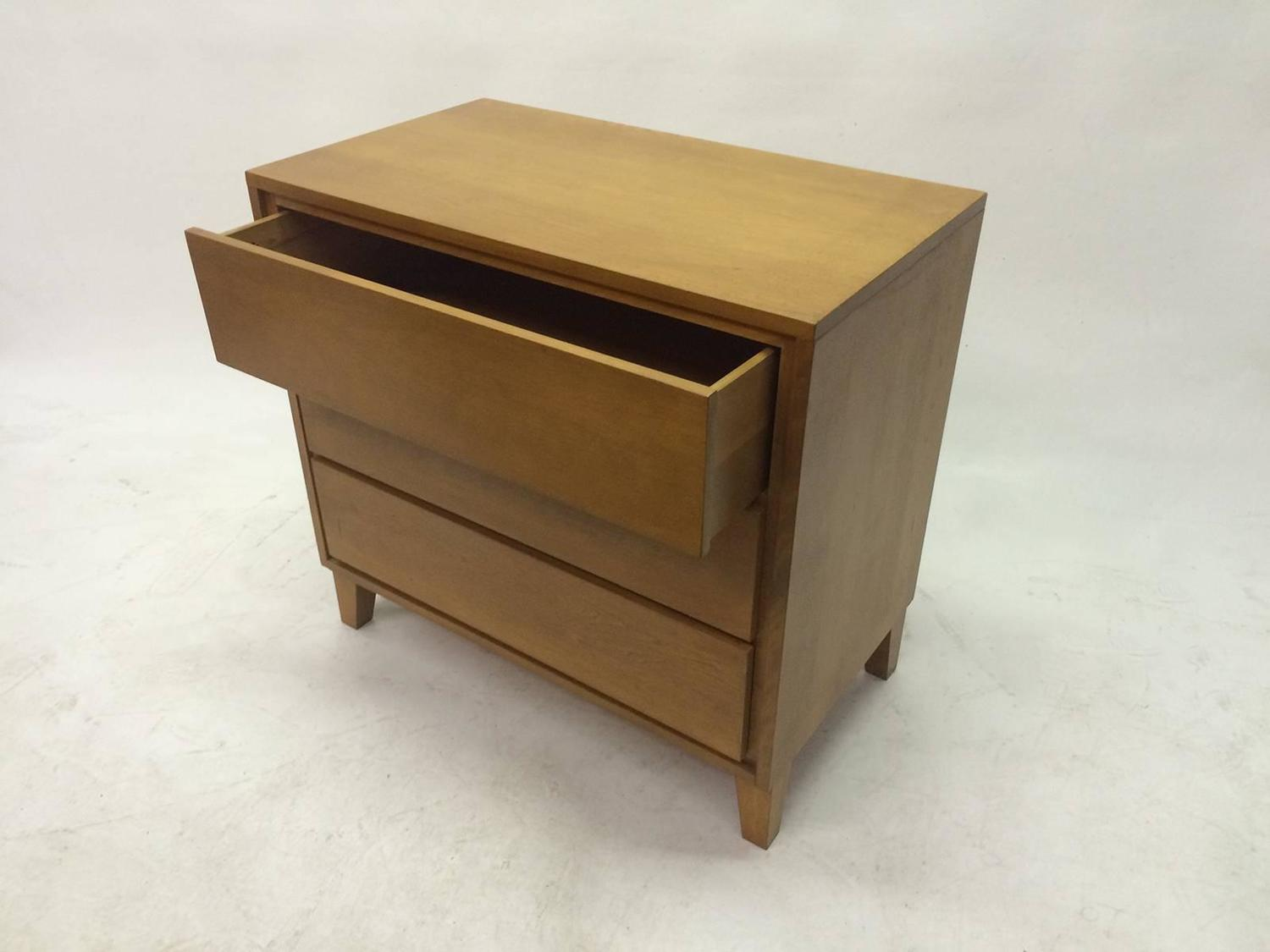 Modern Maple Dresser By Russel Wright For Conant Ball At 1stdibs