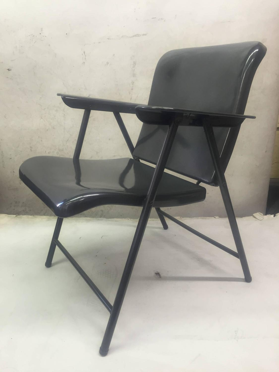 Set Of Three Folding Metal Chairs By Russel Wright For Sale At 1stdibs