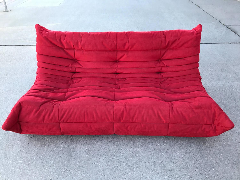 ligne roset togo sectional sofa by michel ducaroy for sale at 1stdibs. Black Bedroom Furniture Sets. Home Design Ideas
