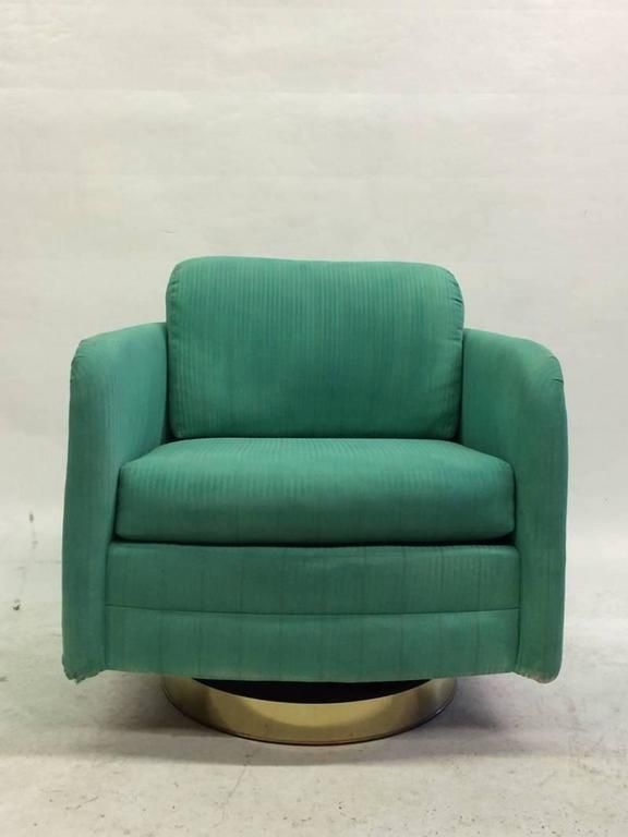 Late 20th Century Milo Baughman Swivel Chair For Sale