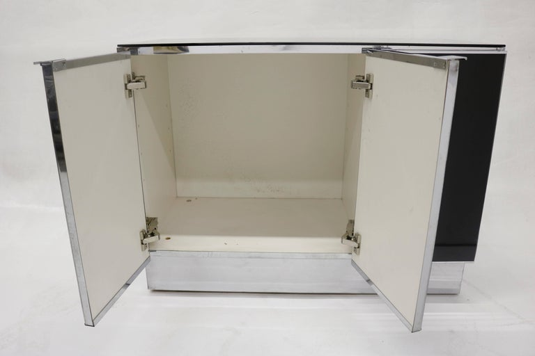 Late 20th Century Little Chrome and Black Opaline Glass Credenza by Milo Baughman For Sale