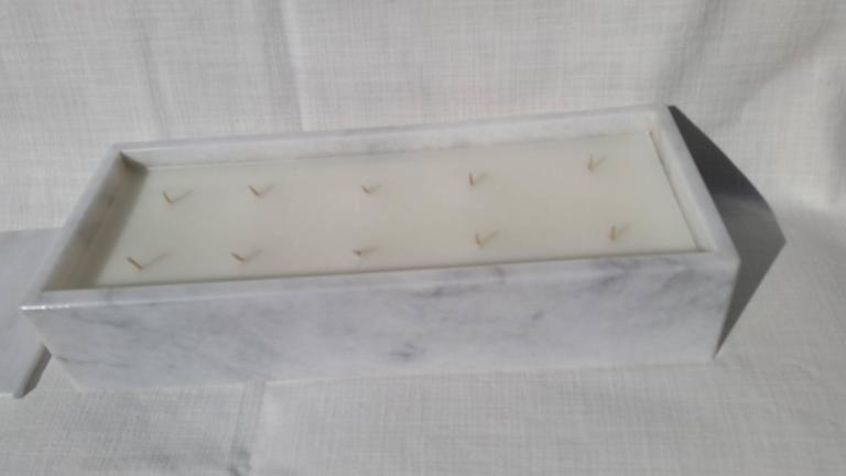 Ten Wick Soy Candle in White Carerra Marble In Excellent Condition For Sale In Southampton, NY