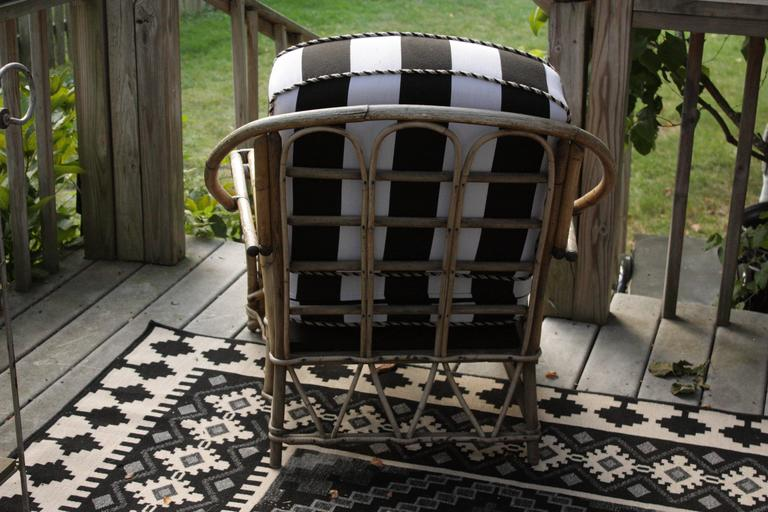 1960s Outdoor Bamboo Framed Armchair with Round Back Arms Bengal Striped Cushion In Excellent Condition For Sale In Southampton, NY