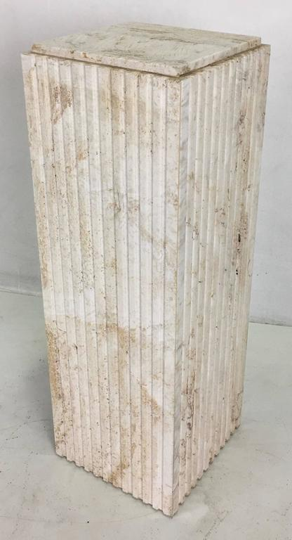 Dramatic Italian Travertine Display Pedestal In Excellent Condition For Sale In San Leandro, CA
