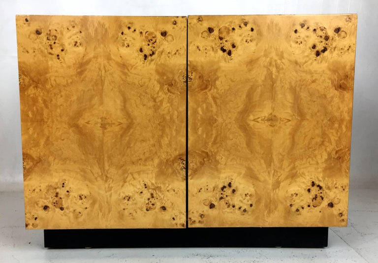 Pair of Olive Burl Nightstands by Lane, in the style of Milo Baughman 2