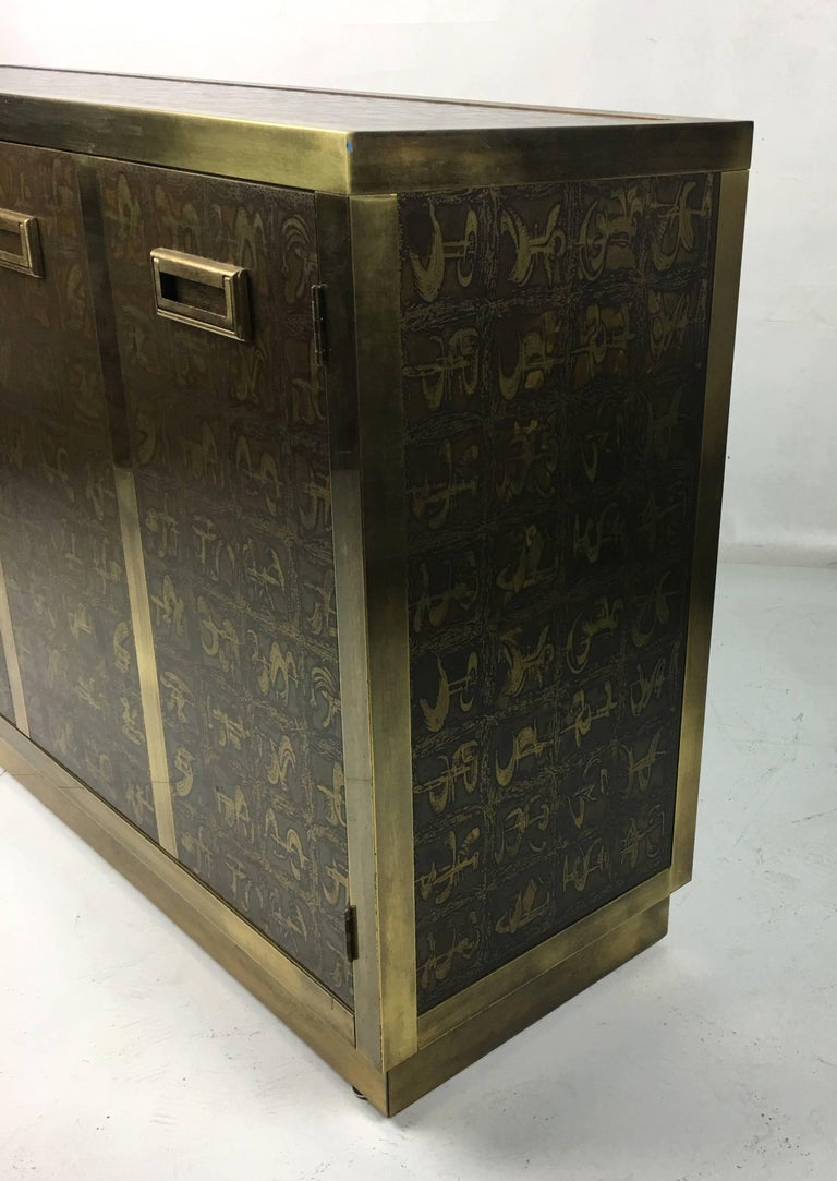 Rare Etched Brass Cabinet by Bernard Rohne for Mastercraft For Sale 1