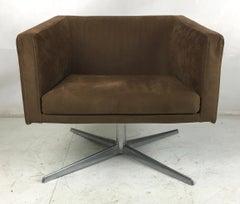 Cubica Swivel Lounge Chair by Verzelloni-Italia
