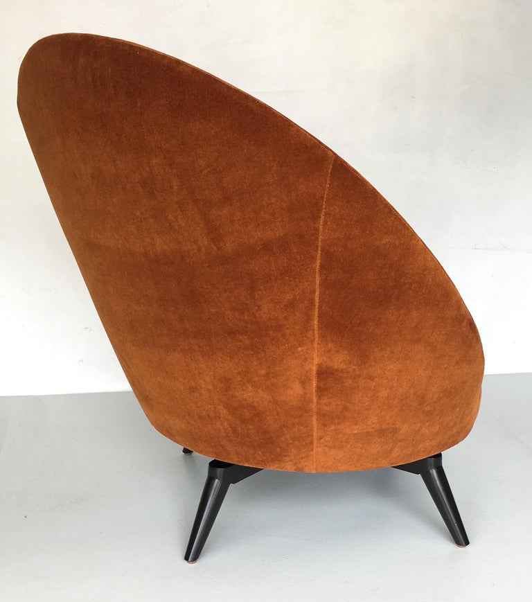 Pair of Jean Royère Style Swivel Egg Chairs In Excellent Condition For Sale In San Leandro, CA