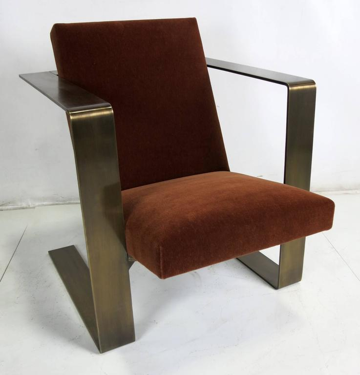 Pair Of Bronze Frame Cantilevered Lounge Chairs At 1stdibs