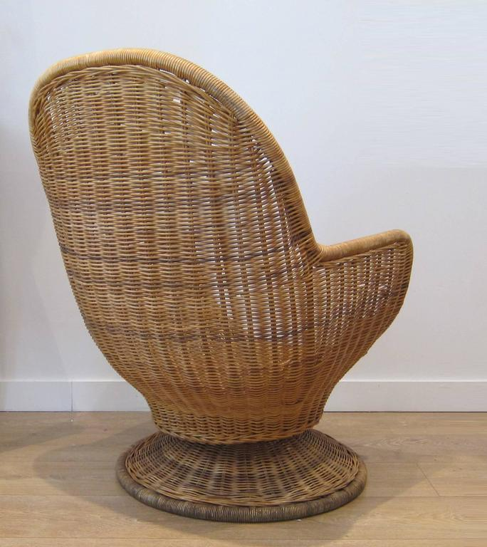 Tremendous Large Egg Shape Swivel And Tilt Rattan Chairs At 1Stdibs Pabps2019 Chair Design Images Pabps2019Com
