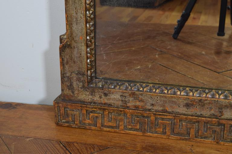 Exceptional Italian, Parma, Carved and Silvered Wooden Mirror, circa 1780 For Sale 3