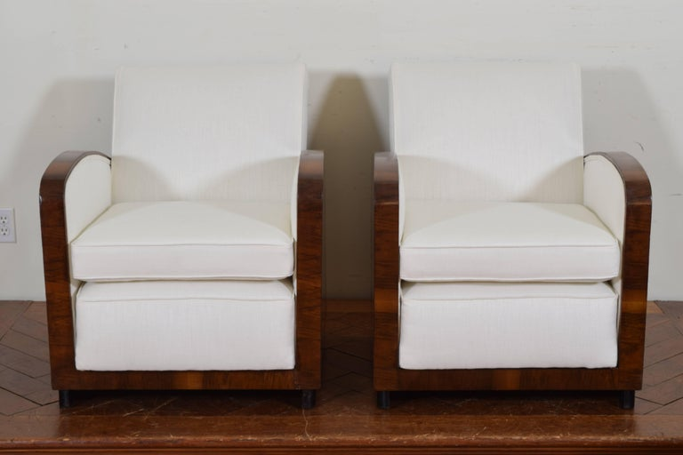 Pair of Italian Art Deco Walnut Veneer and Upholstered Club Chairs, 20th Century In Excellent Condition For Sale In Atlanta, GA