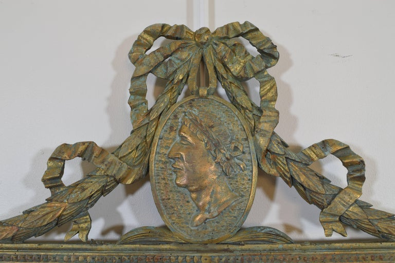 Neoclassical Italian Neoclassic Carved Giltwood Mirror with Verdigris Accents, 19th Century For Sale