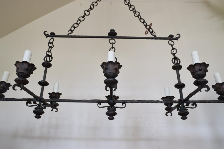 Baroque Revival Italian Wrought Iron and Painted Horizontal Eight-Light Chandelier, circa 1900 For Sale
