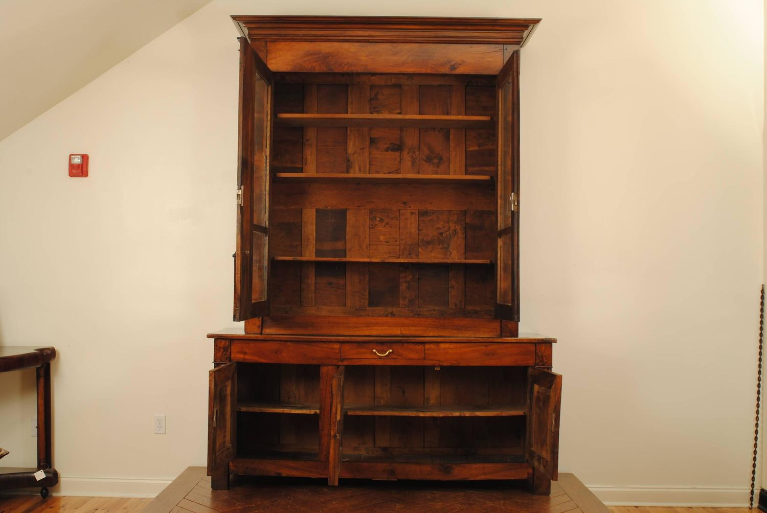 french restauration period walnut bibliotheque for sale at. Black Bedroom Furniture Sets. Home Design Ideas