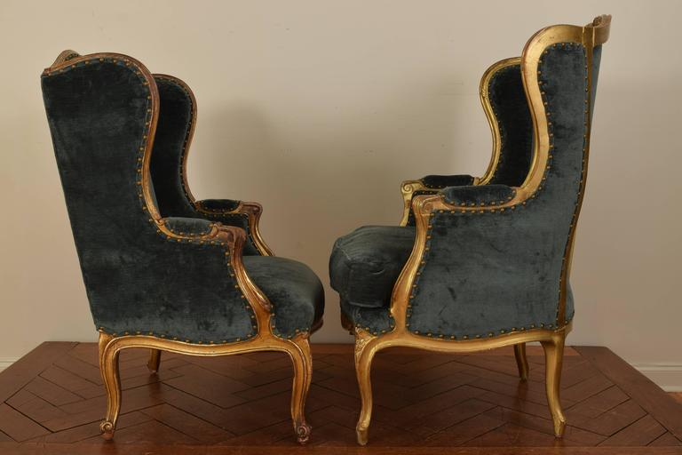 Matched Pair of French Louis XV Style 19th Century Carved Giltwood Bergeres In Excellent Condition For Sale In Atlanta, GA
