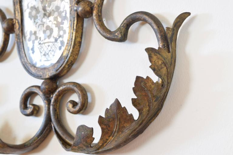 Pair of Italian Gilt Metal and Mirrored Two-Arm Sconces For Sale 3
