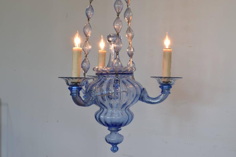 Italian, Venice, Blue Blown Glass Three-Light Chandelier, Mid-20th Century In Excellent Condition For Sale In Atlanta, GA