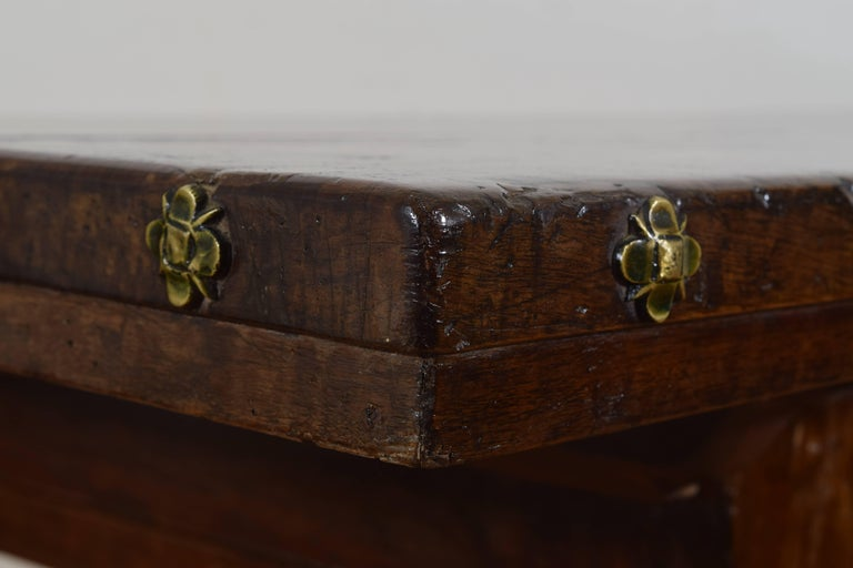 Italian Baroque Period Walnut One Drawer Centre Table, Bologna 6