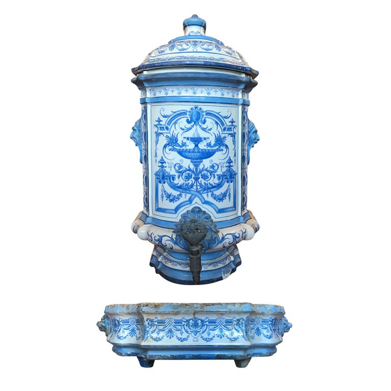 Early 19th Century Creil- Montereau French Blue & White Faience 3 Piece Lavabo For Sale