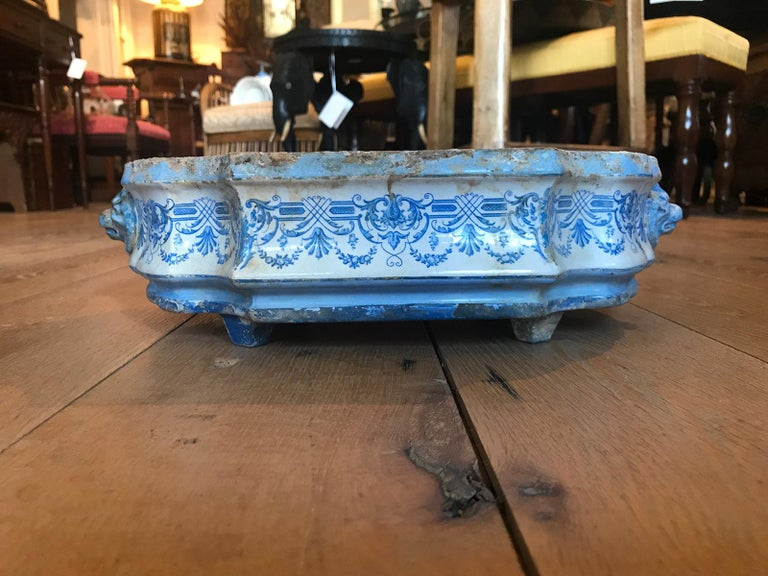 Early 19th Century Creil- Montereau French Blue & White Faience 3 Piece Lavabo In Good Condition For Sale In Atlanta, GA