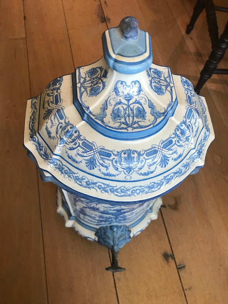 Early 19th Century Creil- Montereau French Blue & White Faience 3 Piece Lavabo For Sale 13
