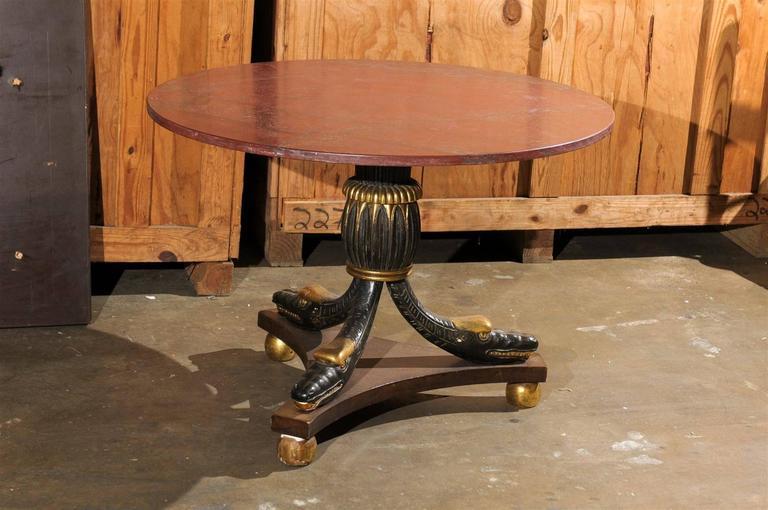 20th Century Italian Parcel Gilt Center Table For Sale 1