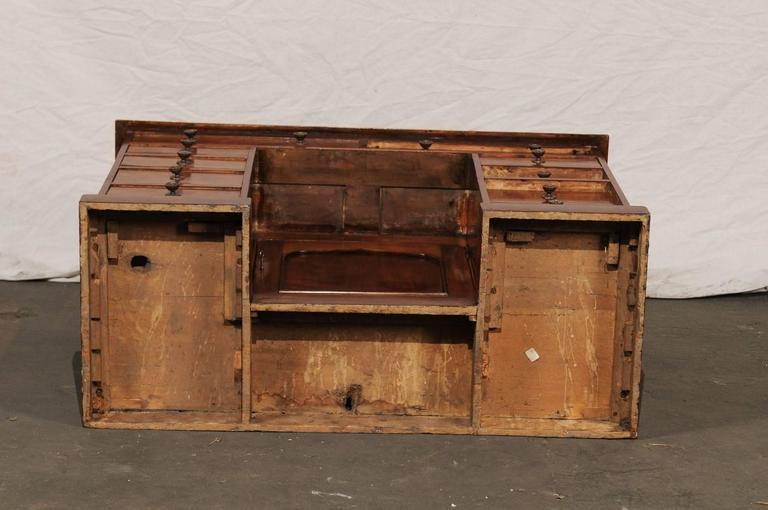 19th Century English Mahogany Knee-Hole Desk For Sale 6