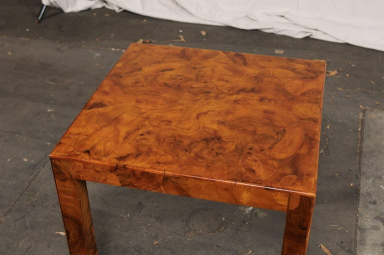 Mid-20th Century Italian Burled Olive Wood Side Table In Good Condition In Atlanta, GA