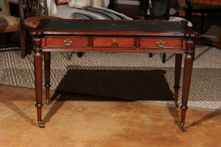 English Mahogany Writing Desk with Green Leather Top In Excellent Condition For Sale In Chamblee, GA