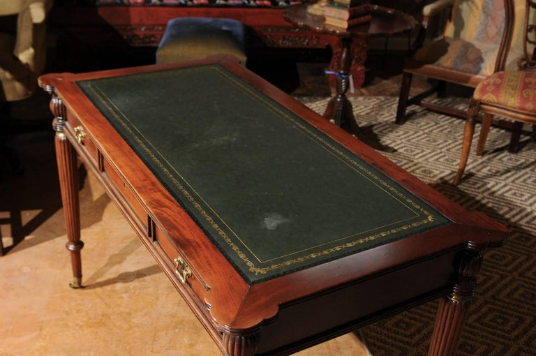 English Mahogany Writing Desk with Green Leather Top For Sale 2