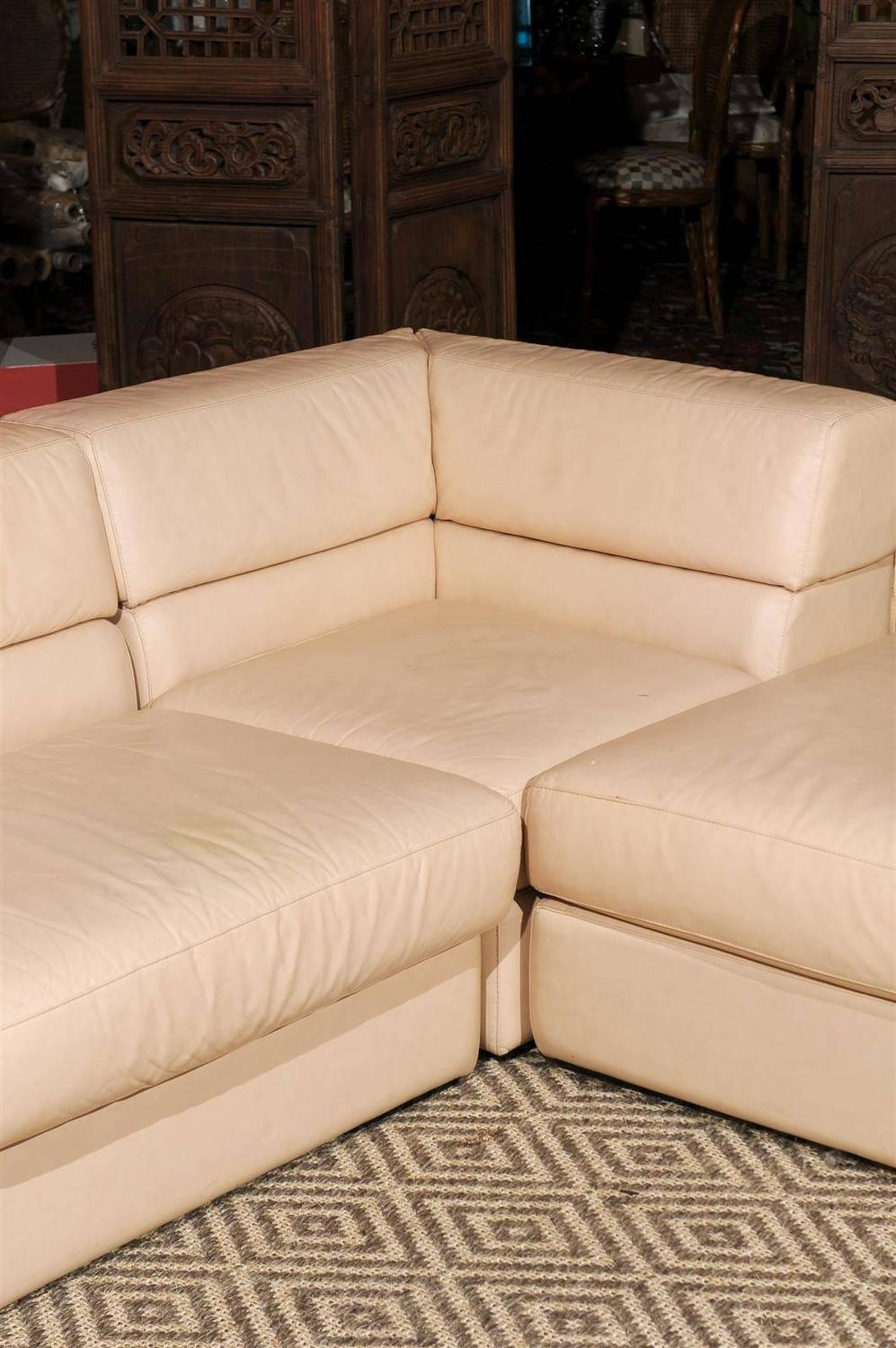 roche bobois leather sectional sofa at 1stdibs. Black Bedroom Furniture Sets. Home Design Ideas
