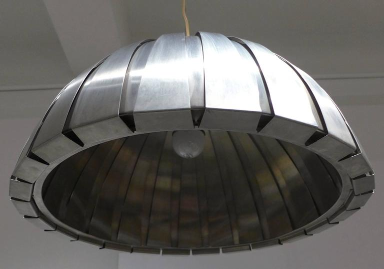 Calotta Pendant Lamp by Elio Martinelli In Good Condition For Sale In New York, NY