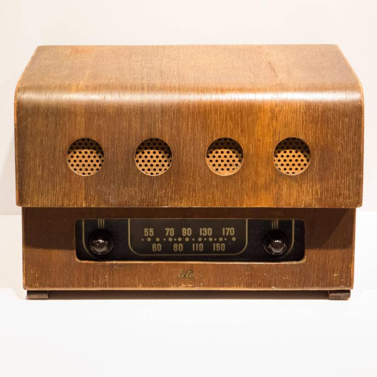 Mid-Century Modern Rare Charles and Ray Eames Molded Plywood Radio For Sale