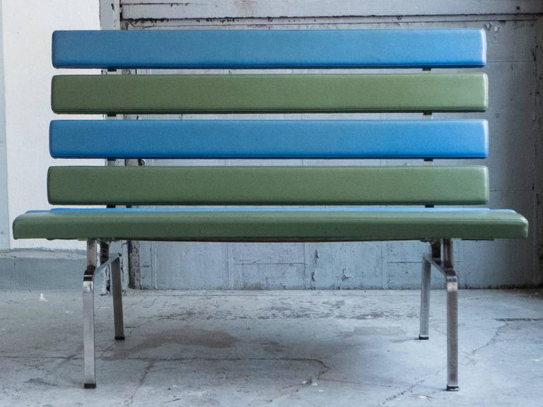 Mid-Century Modern Gerald McCabe Slat Settee for Pacific Furniture For Sale