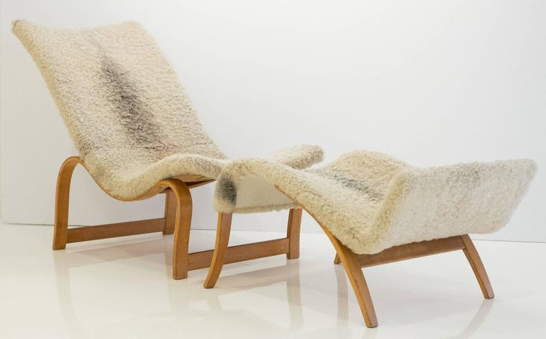 Scandinavian Modern Early and Rare Bruno Mathsson Model 36 Easy Chair with Footrest For Sale