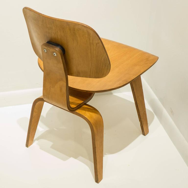 Laminated Early Eames DCW for Evans Products For Sale