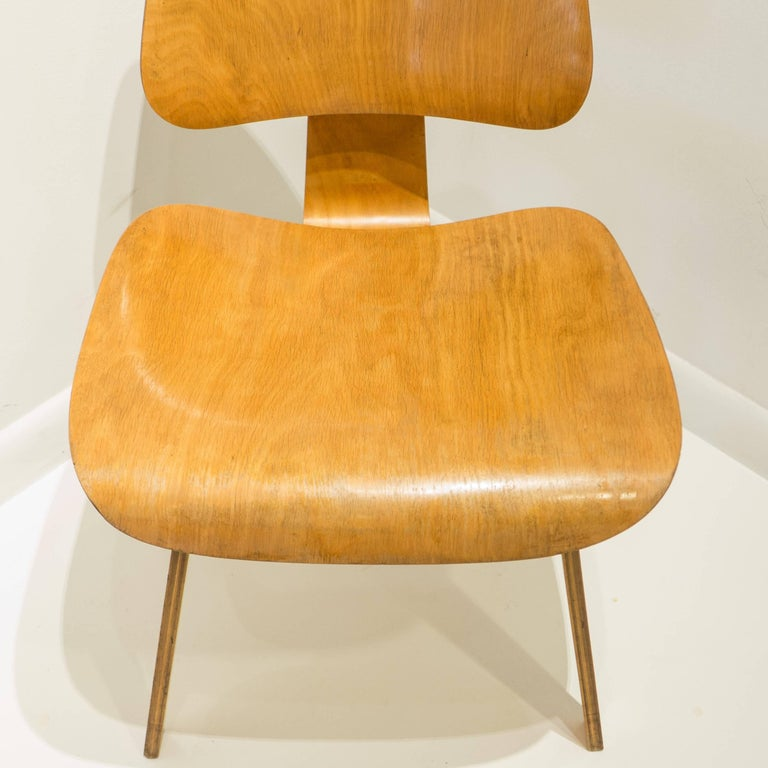 Early Eames DCW for Evans Products In Good Condition In New York, NY