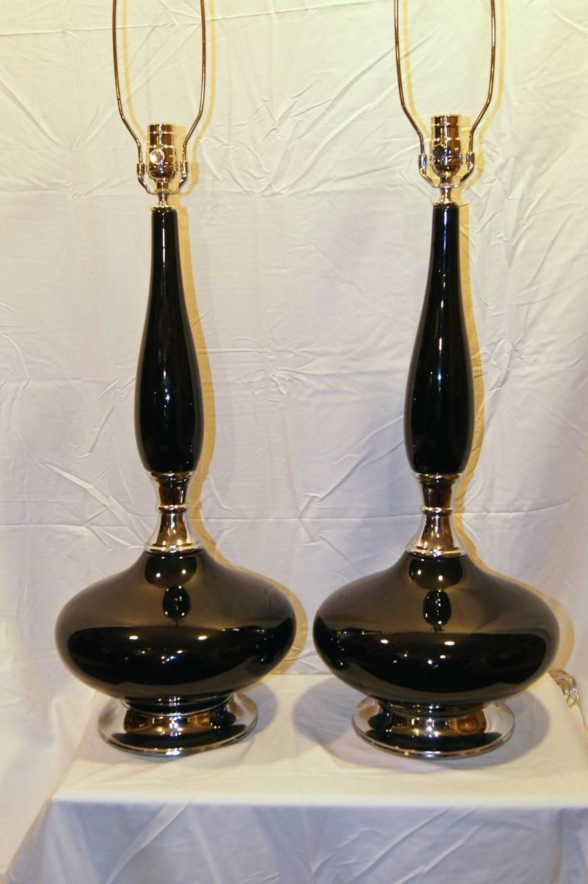 black glass midcentury table lamps for sale at 1stdibs. Black Bedroom Furniture Sets. Home Design Ideas
